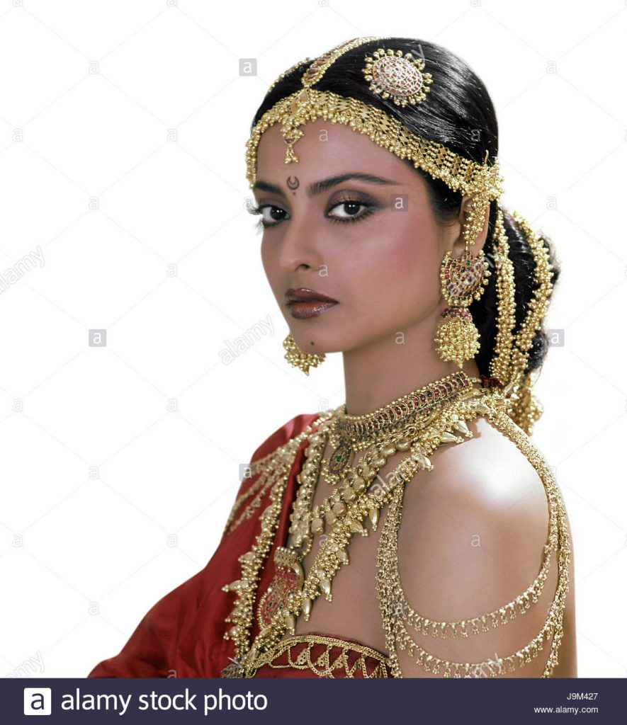 Rekha Age, Husband, Photos(images), Biography, Date Of Birth, Family, Height, Net Worth, Children, Wiki, Instagram, Facebook, Twitter, Education, Youtube, Residence, Awards, Imdb (6)