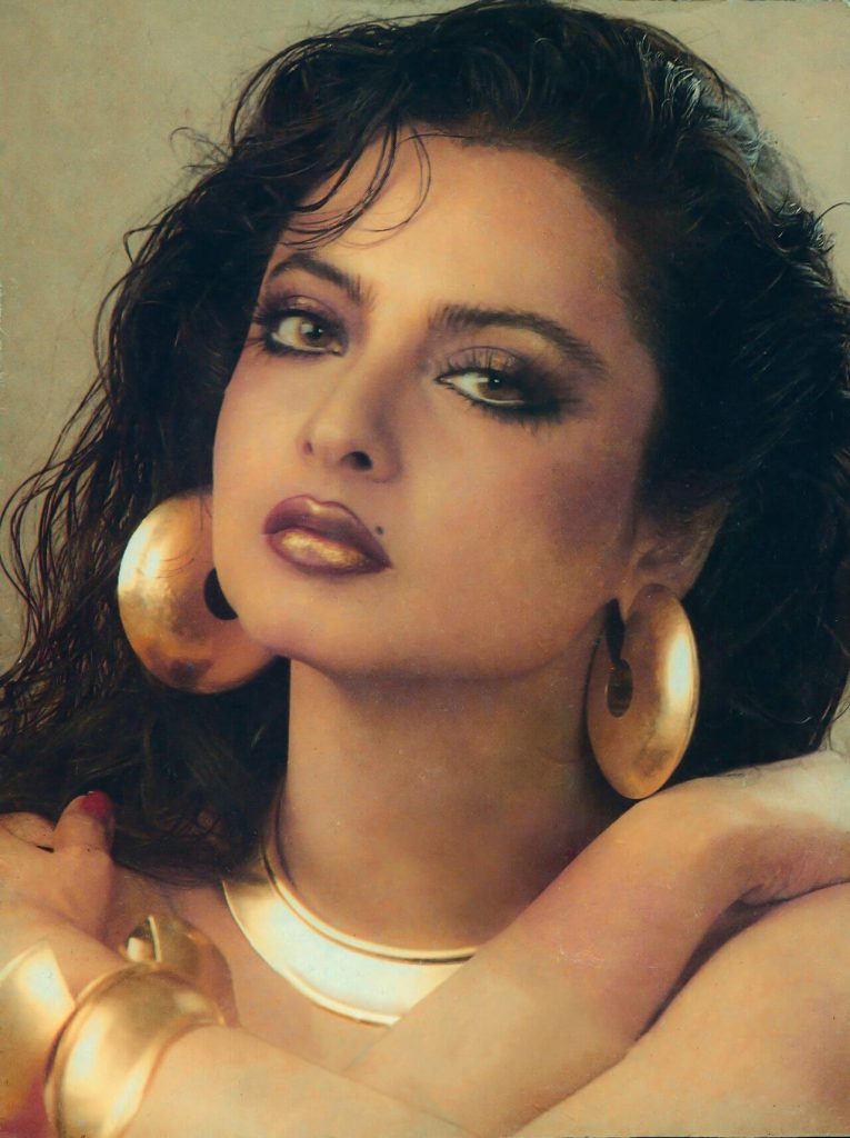 Rekha Age, Husband, Photos(images), Biography, Date Of Birth, Family, Height, Net Worth, Children, Wiki, Instagram, Facebook, Twitter, Education, Youtube, Residence, Awards, Imdb (8)