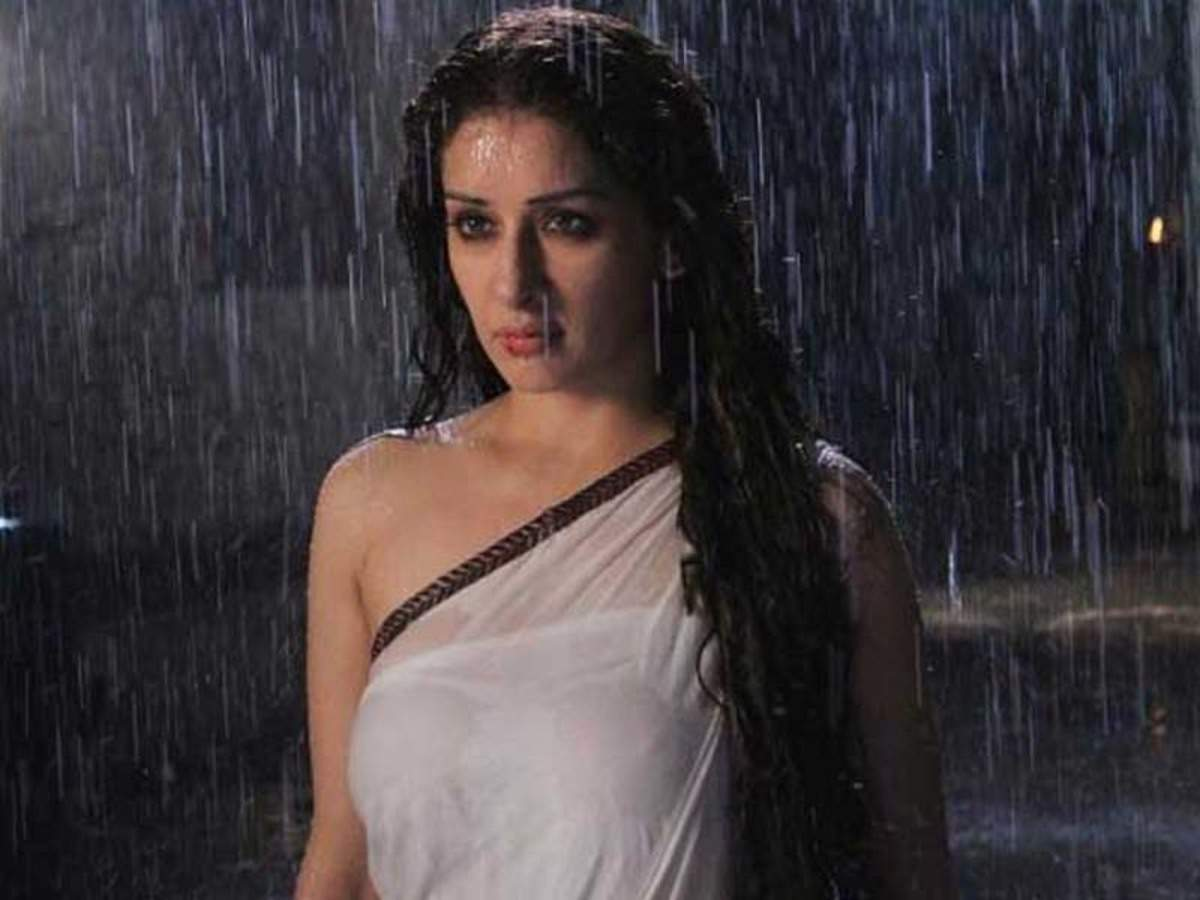 Sameksha Singh Actress, Age, Biography, Birthday, Family, Hd Images, Height In Feet, Husband, Images, Instagram, Spouse (1)