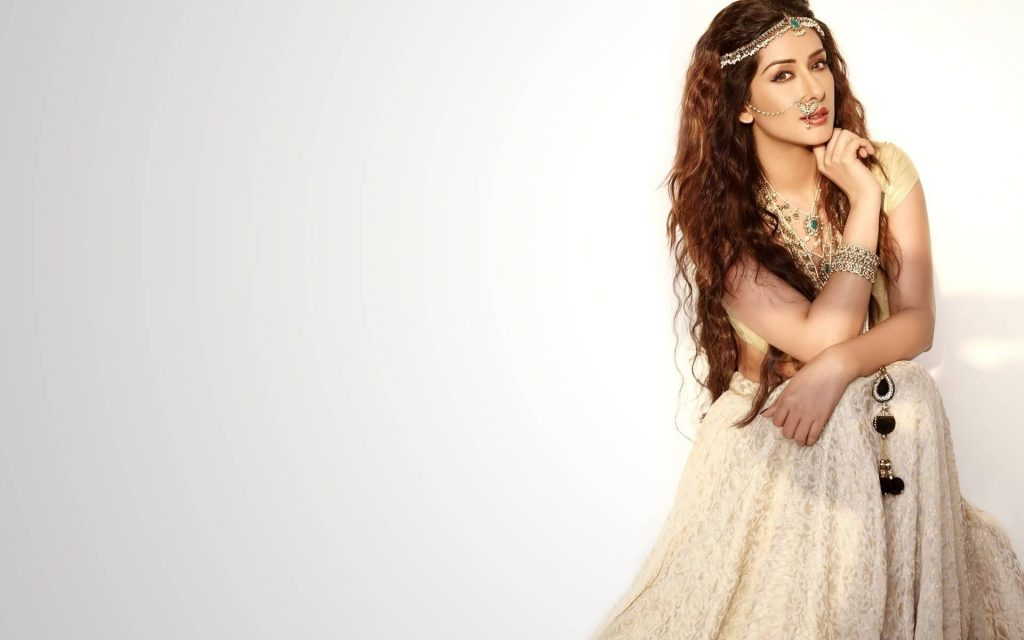 Sameksha Singh Actress, Age, Biography, Birthday, Family, Hd Images, Height In Feet, Husband, Images, Instagram, Spouse (19)