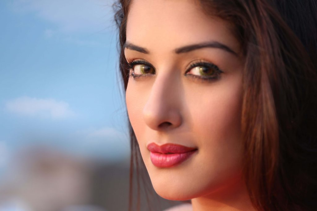 Sameksha Singh Actress, Age, Biography, Birthday, Family, Hd Images, Height In Feet, Husband, Images, Instagram, Spouse (35)