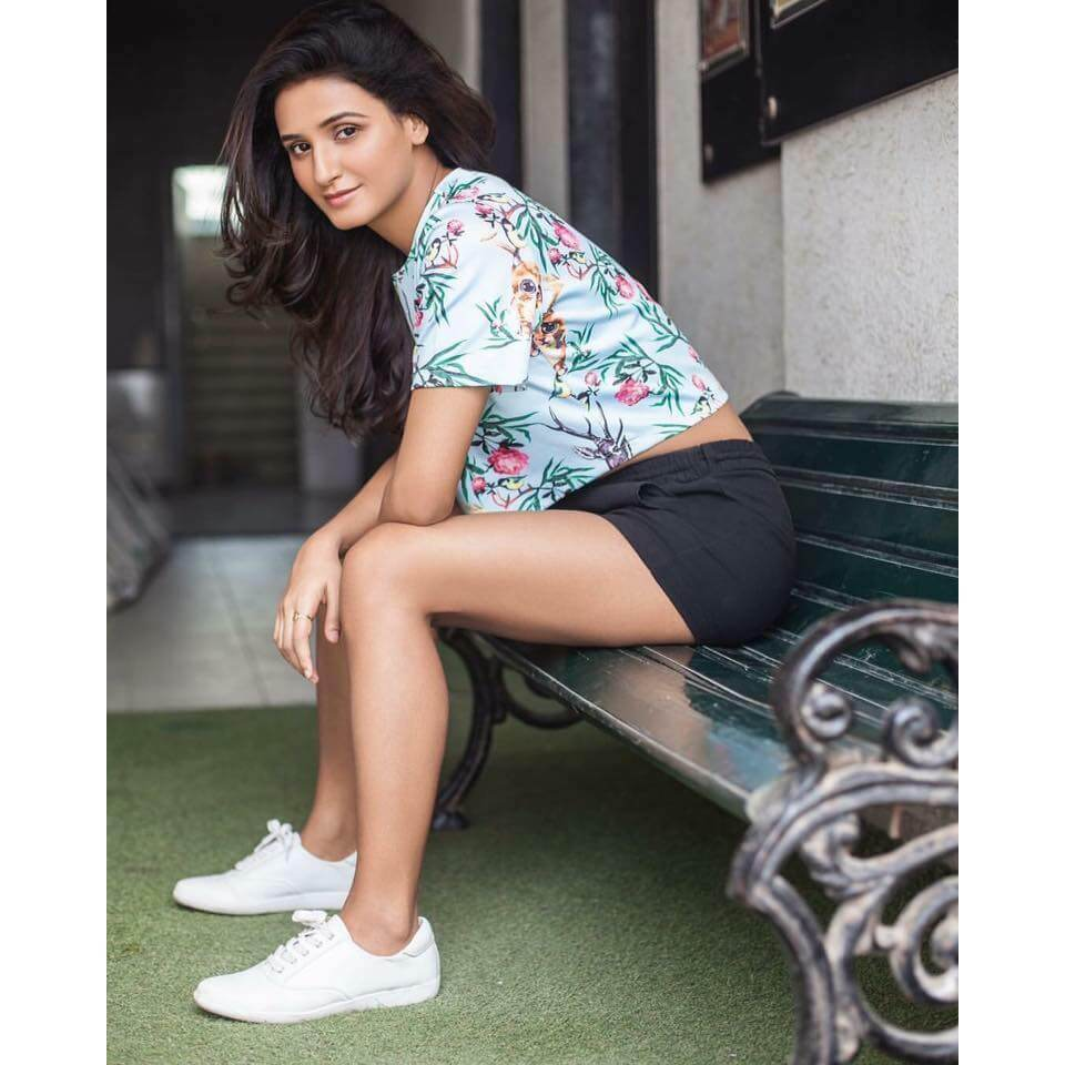 Shakti Mohan Age, Sisters, Husband, Dancer, Biography, Family, Height, Image(photos), Date Of Birth, Net Worth, Twitter, Facebook, Wiki, Haircut, Instagram, Imdb, Youtube (1)