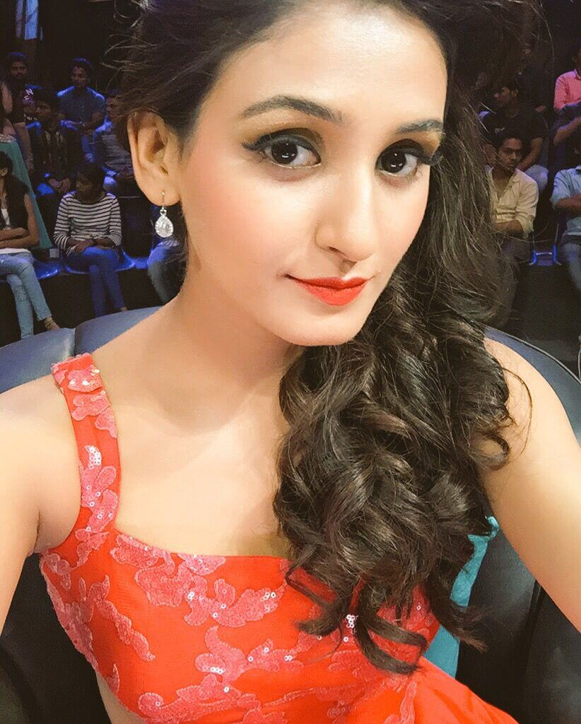 Shakti Mohan Age, Sisters, Husband, Dancer, Biography, Family, Height, Image(photos), Date Of Birth, Net Worth, Twitter, Facebook, Wiki, Haircut, Instagram, Imdb, Youtube (26)