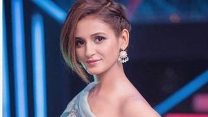 Shakti Mohan Age, Sisters, Husband, Dancer, Biography, Family, Height, Image(photos), Date Of Birth, Net Worth, Twitter, Facebook, Wiki, Haircut, Instagram, Imdb, Youtube (53)