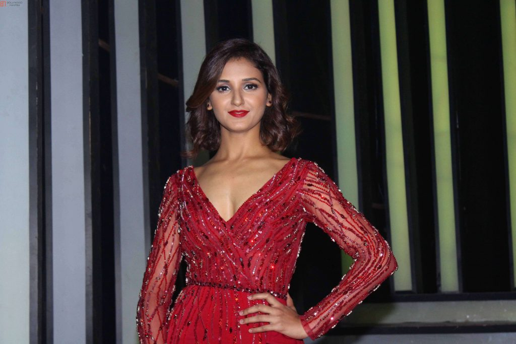 Shakti Mohan age, sisters, husband, dancer, biography, family, height, image(photos), date of birth, net worth, twitter, facebook, wiki, haircut, instagram, imdb, youtube