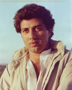 Sunny Deol Age, Picture(image), Son, Wife, Birth Date, Family, Net Worth, Height, Biography, Child, Father, Brother, Education, Twitter, Wiki, Instagram, Youtube, Facebook, Imdb, Website (1)