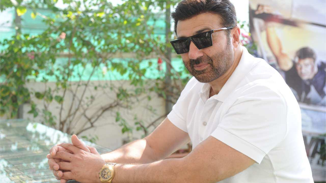 Sunny Deol Age, Picture(image), Son, Wife, Birth Date, Family, Net Worth, Height, Biography, Child, Father, Brother, Education, Twitter, Wiki, Instagram, Youtube, Facebook, Imdb, Website (11)