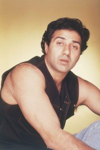 Sunny Deol Age, Picture(image), Son, Wife, Birth Date, Family, Net Worth, Height, Biography, Child, Father, Brother, Education, Twitter, Wiki, Instagram, Youtube, Facebook, Imdb, Website (21)
