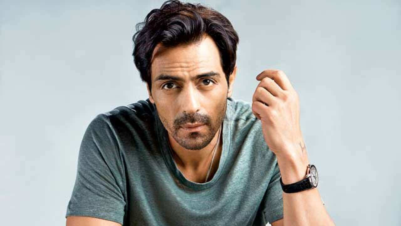 Arjun Rampal Wife, Girlfriend, Age, Daughters, Net Worth, Height, Biography, Family, Image(photo), Mother, Child, Date Of Birth, Hairstyle, Wiki, Facebook, Twitter, Instagram, Imdb (10)