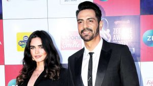 Arjun Rampal Wife, Girlfriend, Age, Daughters, Net Worth, Height, Biography, Family, Image(photo), Mother, Child, Date Of Birth, Hairstyle, Wiki, Facebook, Twitter, Instagram, Imdb (11)