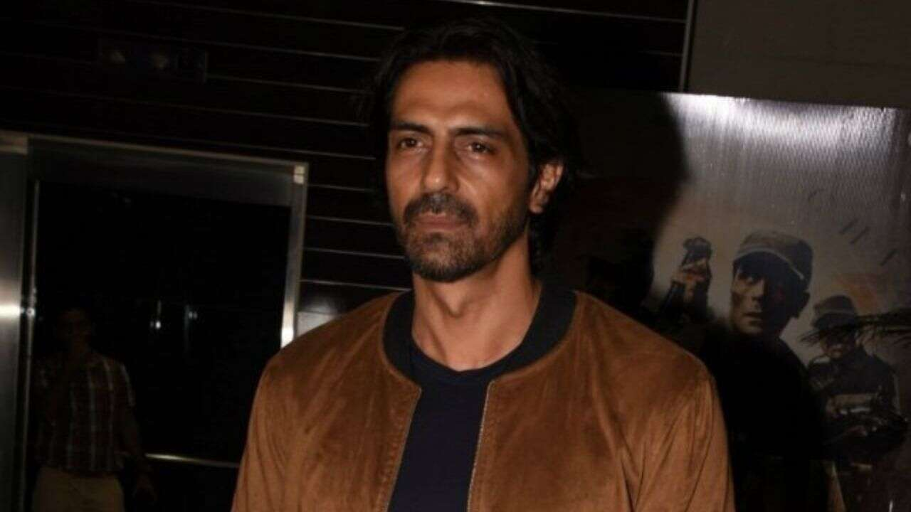 Arjun Rampal Wife, Girlfriend, Age, Daughters, Net Worth, Height, Biography, Family, Image(photo), Mother, Child, Date Of Birth, Hairstyle, Wiki, Facebook, Twitter, Instagram, Imdb (15)