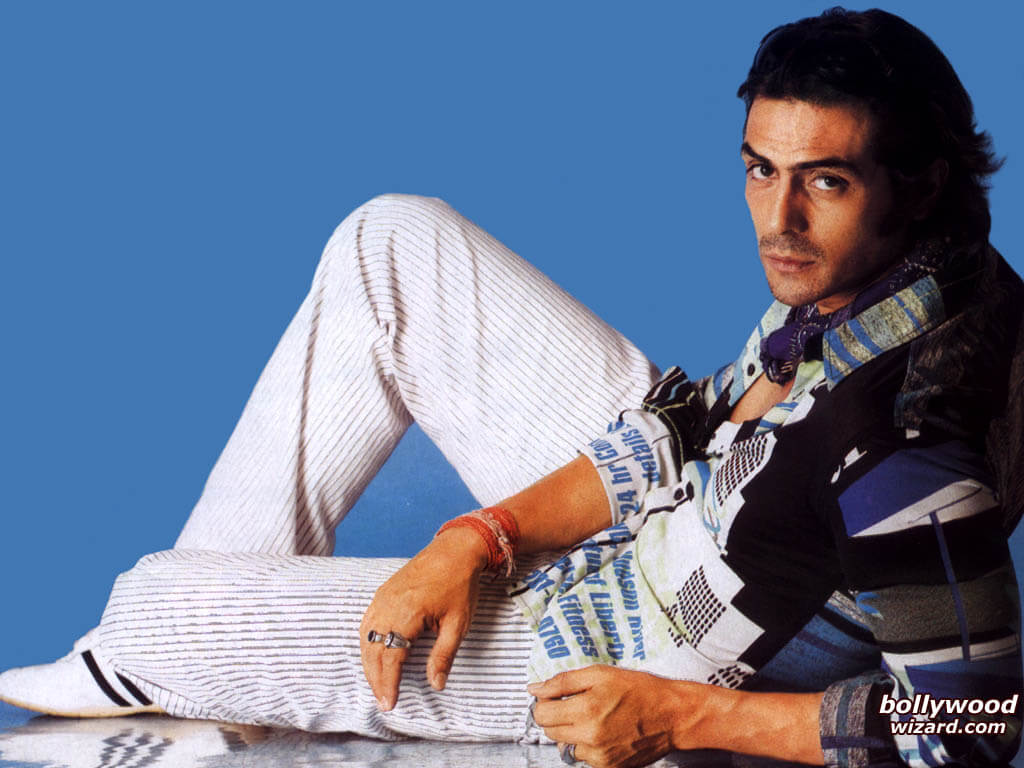 Arjun Rampal Wife, Girlfriend, Age, Daughters, Net Worth, Height, Biography, Family, Image(photo), Mother, Child, Date Of Birth, Hairstyle, Wiki, Facebook, Twitter, Instagram, Imdb (23)