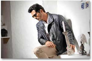 Arjun Rampal Wife, Girlfriend, Age, Daughters, Net Worth, Height, Biography, Family, Image(photo), Mother, Child, Date Of Birth, Hairstyle, Wiki, Facebook, Twitter, Instagram, Imdb (3)