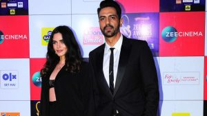 Arjun Rampal Wife, Girlfriend, Age, Daughters, Net Worth, Height, Biography, Family, Image(photo), Mother, Child, Date Of Birth, Hairstyle, Wiki, Facebook, Twitter, Instagram, Imdb (30)