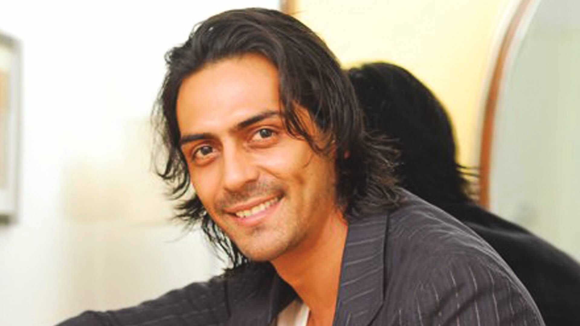 Arjun Rampal Wife, Girlfriend, Age, Daughters, Net Worth, Height, Biography, Family, Image(photo), Mother, Child, Date Of Birth, Hairstyle, Wiki, Facebook, Twitter, Instagram, Imdb (34)