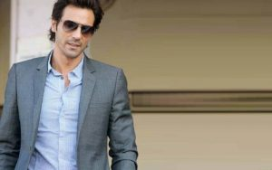 Arjun Rampal Wife, Girlfriend, Age, Daughters, Net Worth, Height, Biography, Family, Image(photo), Mother, Child, Date Of Birth, Hairstyle, Wiki, Facebook, Twitter, Instagram, Imdb (4)