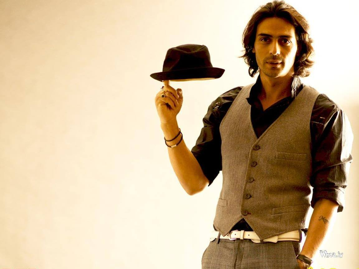 Arjun Rampal Wife, Girlfriend, Age, Daughters, Net Worth, Height, Biography, Family, Image(photo), Mother, Child, Date Of Birth, Hairstyle, Wiki, Facebook, Twitter, Instagram, Imdb (40)