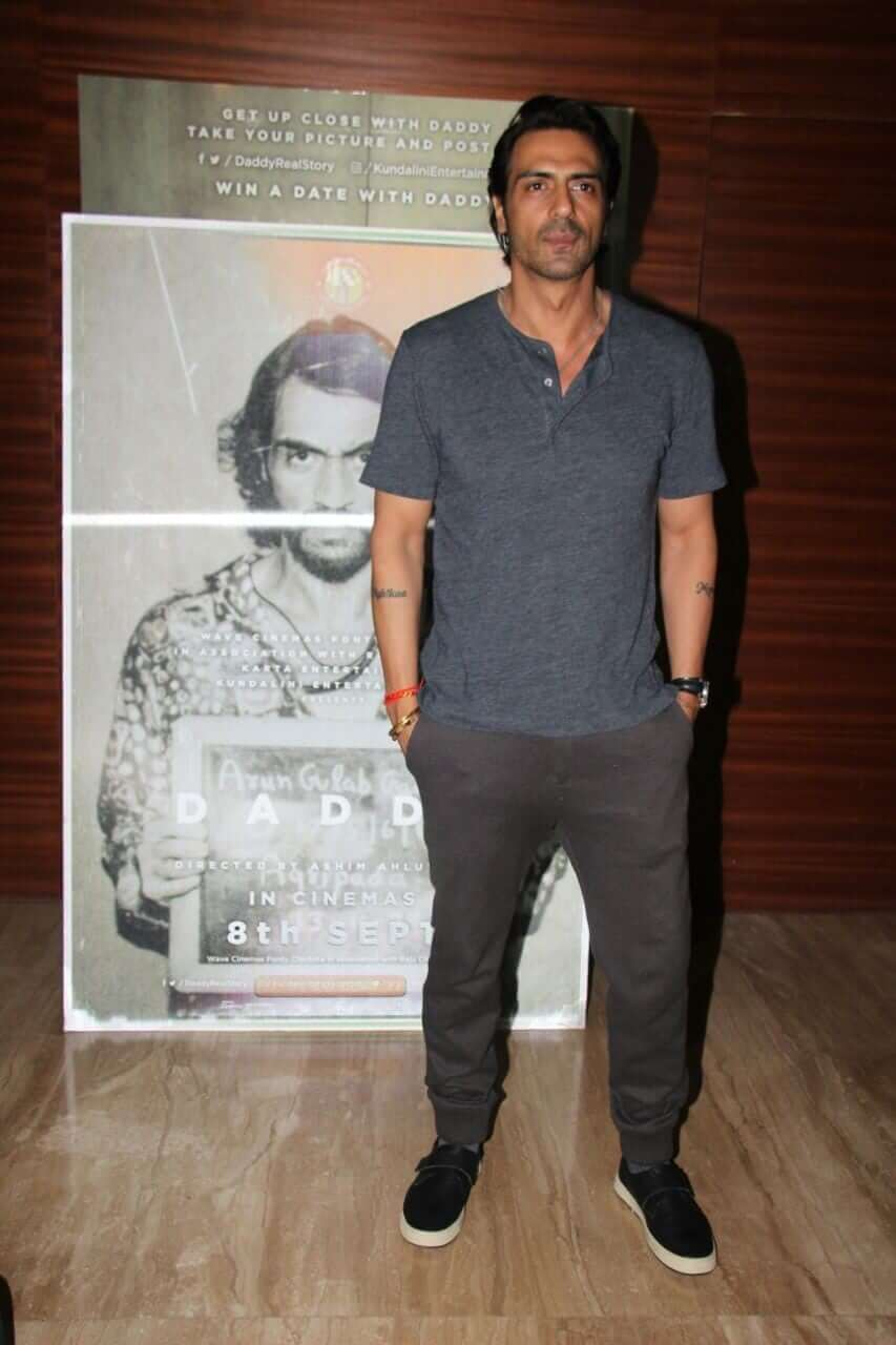 Arjun Rampal Wife, Girlfriend, Age, Daughters, Net Worth, Height, Biography, Family, Image(photo), Mother, Child, Date Of Birth, Hairstyle, Wiki, Facebook, Twitter, Instagram, Imdb (51)