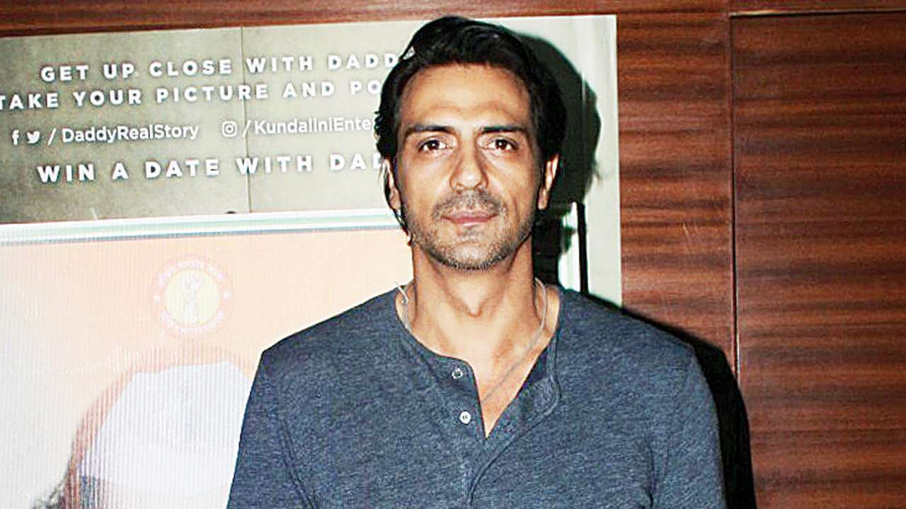 Arjun Rampal Wife, Girlfriend, Age, Daughters, Net Worth, Height, Biography, Family, Image(photo), Mother, Child, Date Of Birth, Hairstyle, Wiki, Facebook, Twitter, Instagram, Imdb (9)