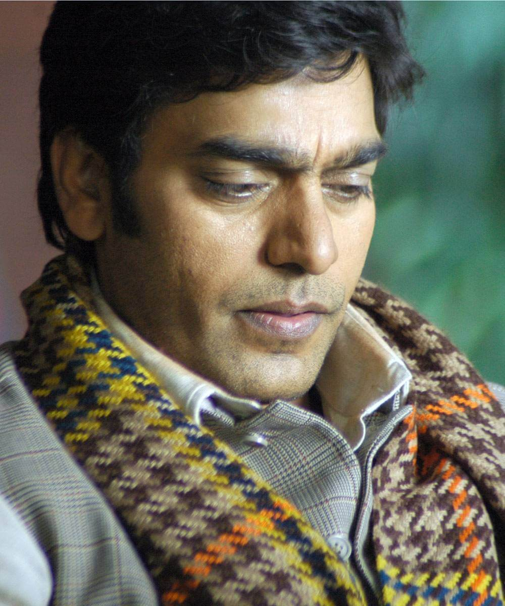 Ashutosh Rana Wife, Age, Biography, Family, Net Worth, Height, Image(photo), Son, Birthday, Awards, Child, Education, Wiki, Instagram, Twitter, Imdb, Facebook (17)