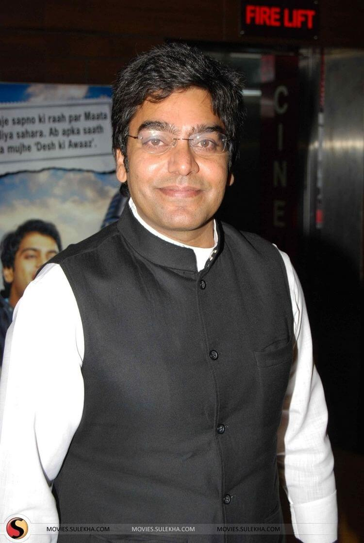 Ashutosh Rana Wife, Age, Biography, Family, Net Worth, Height, Image(photo), Son, Birthday, Awards, Child, Education, Wiki, Instagram, Twitter, Imdb, Facebook (3)