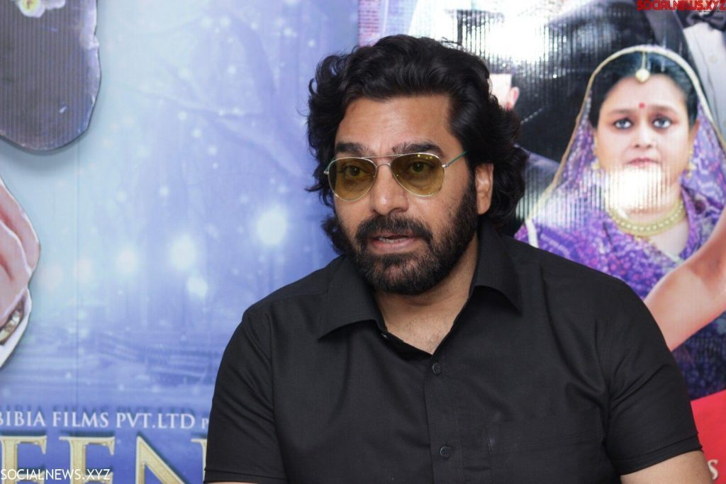 Ashutosh Rana Wife, Age, Biography, Family, Net Worth, Height, Image(photo), Son, Birthday, Awards, Child, Education, Wiki, Instagram, Twitter, Imdb, Facebook (9)