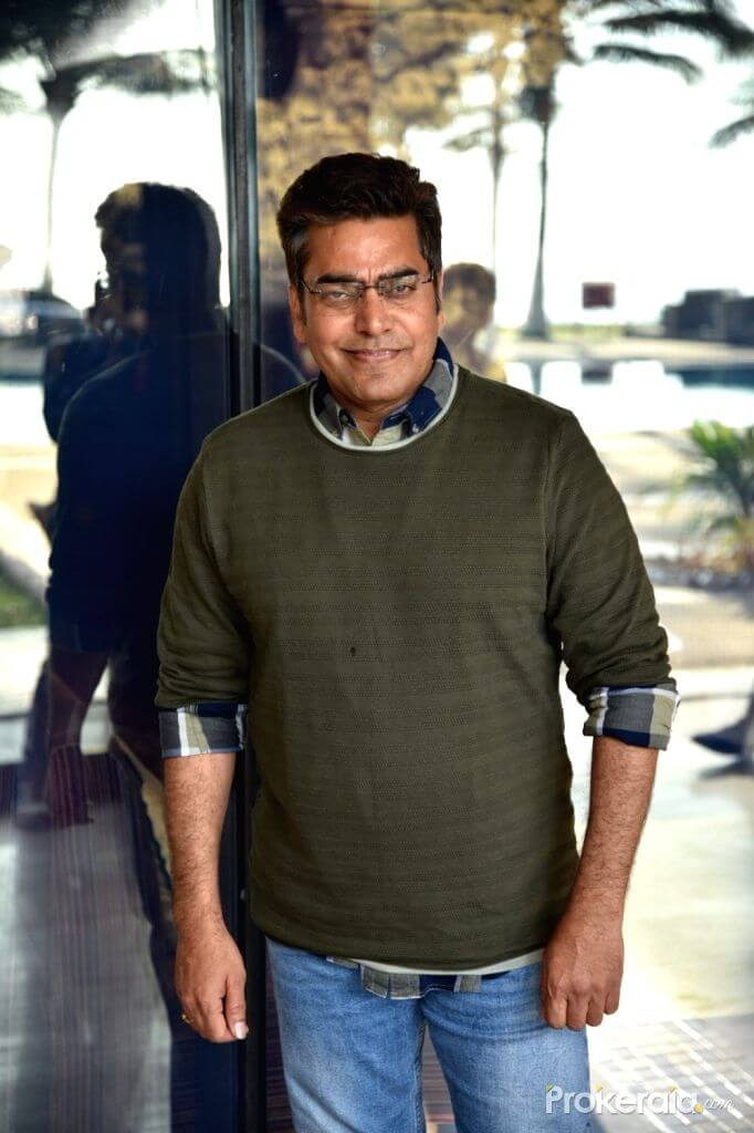 Ashutosh Rana Wife, Age, Biography, Family, Net Worth, Height, Image(photo), Son, Birthday, Awards, Child, Education, Wiki, Instagram, Twitter, Imdb, Facebook
