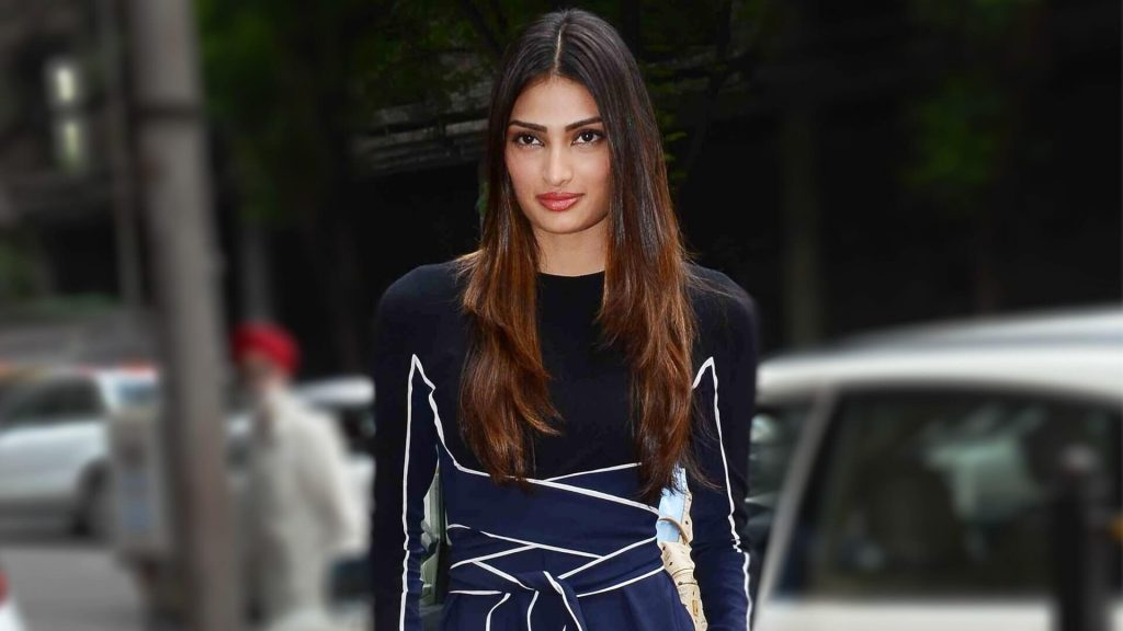 Athiya Shetty Photos(image), Age, Height, Boyfriend, Biography, Father, Education, Family, Date Of Birth, Net Worth, Details, Yoga, Wiki, Instagram, Twitter, Facebook, Imdb (18)