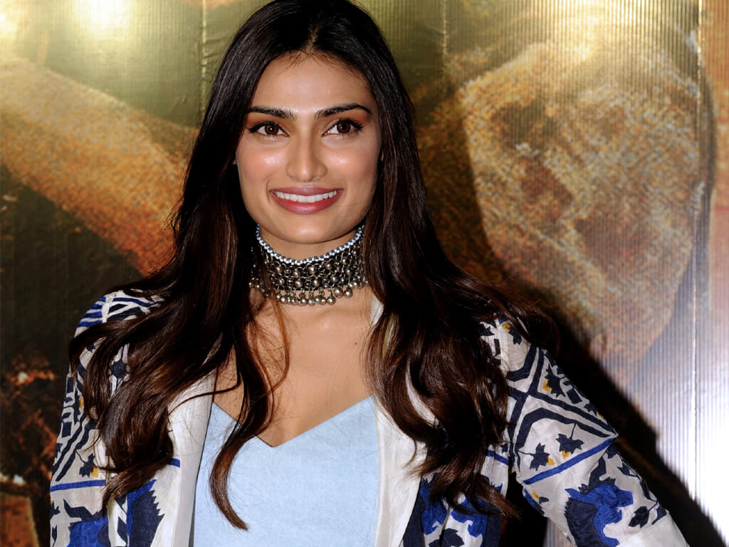Athiya Shetty Photos(image), Age, Height, Boyfriend, Biography, Father, Education, Family, Date Of Birth, Net Worth, Details, Yoga, Wiki, Instagram, Twitter, Facebook, Imdb (21)