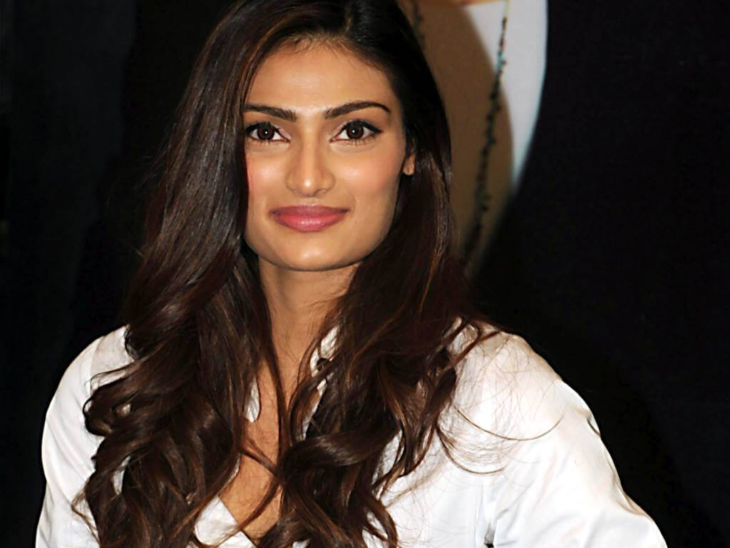 Athiya Shetty Photos(image), Age, Height, Boyfriend, Biography, Father, Education, Family, Date Of Birth, Net Worth, Details, Yoga, Wiki, Instagram, Twitter, Facebook, Imdb (22)