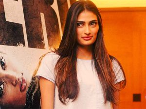 Athiya Shetty Photos(image), Age, Height, Boyfriend, Biography, Father, Education, Family, Date Of Birth, Net Worth, Details, Yoga, Wiki, Instagram, Twitter, Facebook, Imdb (27)
