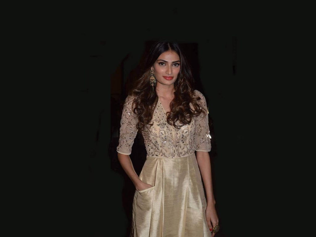 Athiya Shetty Photos(image), Age, Height, Boyfriend, Biography, Father, Education, Family, Date Of Birth, Net Worth, Details, Yoga, Wiki, Instagram, Twitter, Facebook, Imdb (5)