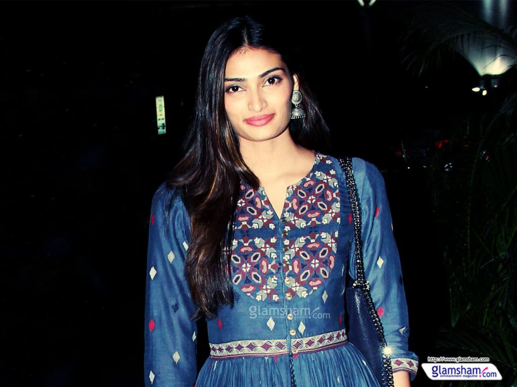 Athiya Shetty Photos(image), Age, Height, Boyfriend, Biography, Father, Education, Family, Date Of Birth, Net Worth, Details, Yoga, Wiki, Instagram, Twitter, Facebook, Imdb (62)