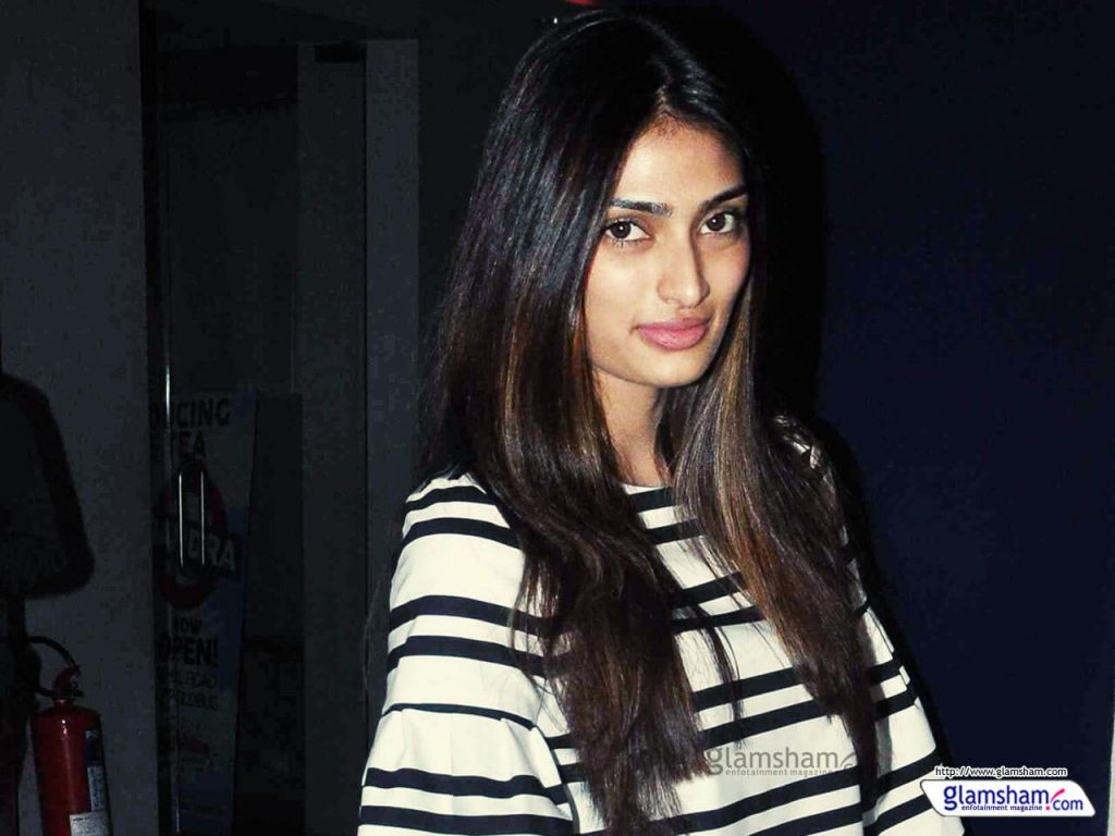 Athiya Shetty Photos(image), Age, Height, Boyfriend, Biography, Father, Education, Family, Date Of Birth, Net Worth, Details, Yoga, Wiki, Instagram, Twitter, Facebook, Imdb (63)
