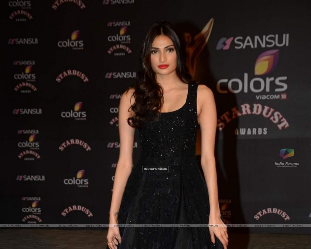 Athiya Shetty Photos(image), Age, Height, Boyfriend, Biography, Father, Education, Family, Date Of Birth, Net Worth, Details, Yoga, Wiki, Instagram, Twitter, Facebook, Imdb (9)