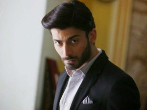 Fawad Khan Wife, Age, Images(photos), Height, Beard, Net Worth, Hairstyle, Family, Biography, Birthday, Daughter, Awards, Education, News, Instagram, Wiki, Facebook, Twitter, Imdb, Website (1)