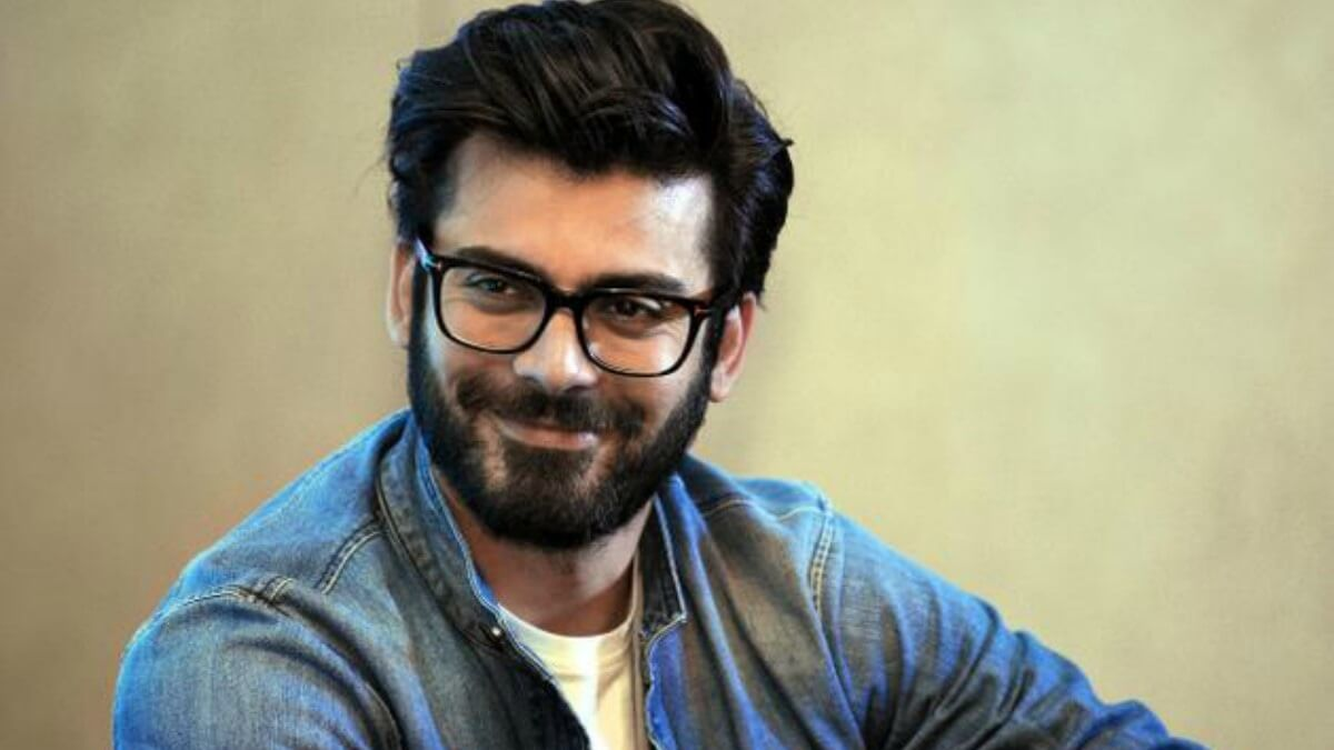 Fawad Khan Wife, Age, Images(photos), Height, Beard, Net Worth, Hairstyle, Family, Biography, Birthday, Daughter, Awards, Education, News, Instagram, Wiki, Facebook, Twitter, Imdb, Website (2)