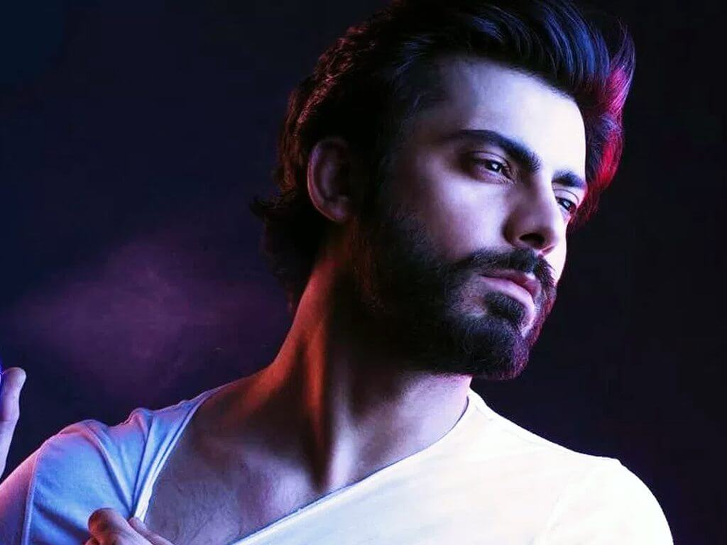 Fawad Khan Wife, Age, Images(photos), Height, Beard, Net Worth, Hairstyle, Family, Biography, Birthday, Daughter, Awards, Education, News, Instagram, Wiki, Facebook, Twitter, Imdb, Website (21)