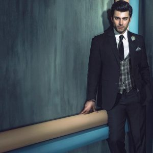 Fawad Khan Wife, Age, Images(photos), Height, Beard, Net Worth, Hairstyle, Family, Biography, Birthday, Daughter, Awards, Education, News, Instagram, Wiki, Facebook, Twitter, Imdb, Website (29)
