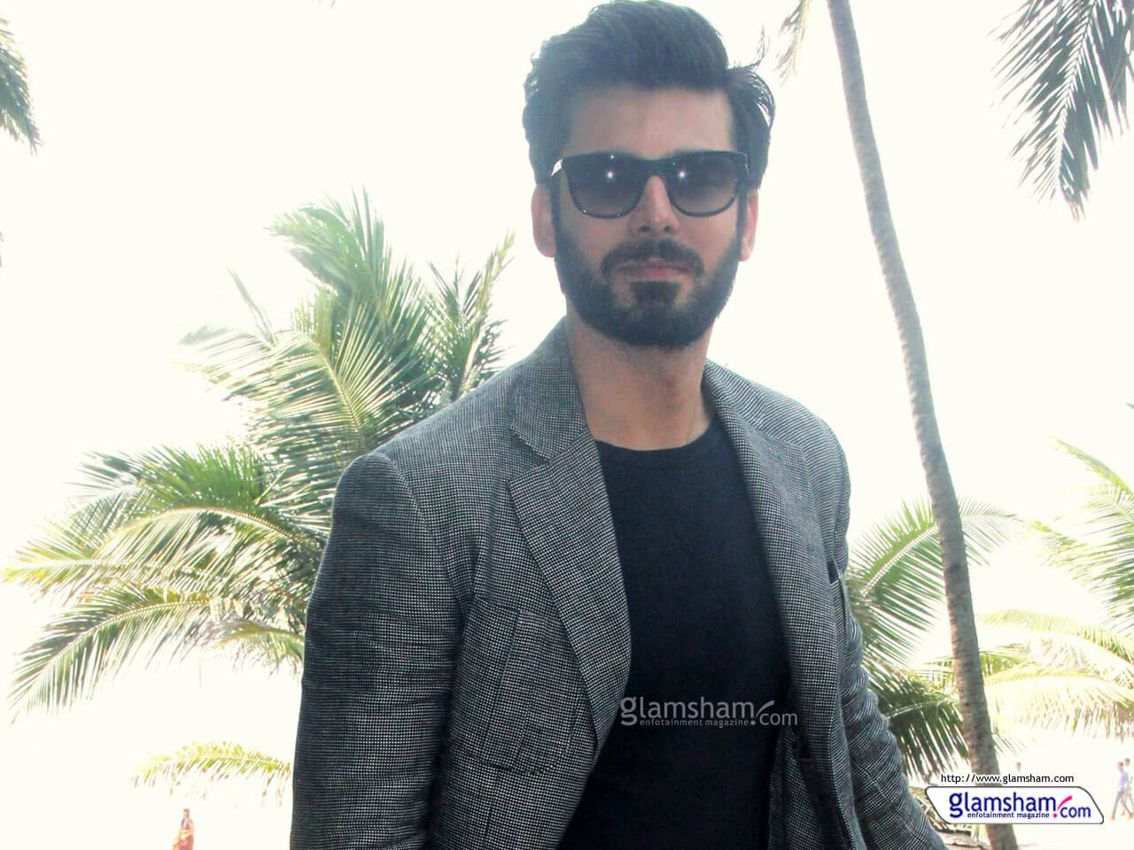 Fawad Khan Wife, Age, Images(photos), Height, Beard, Net Worth, Hairstyle, Family, Biography, Birthday, Daughter, Awards, Education, News, Instagram, Wiki, Facebook, Twitter, Imdb, Website (33)