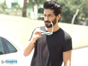 Harshvardhan Kapoor Age, Cousins, Girlfriend, Height, Image(photos), Biography, Date Of Birth, Net Worth, Education, Instagram, Wiki, Facebook, Imdb, Twitter (29)