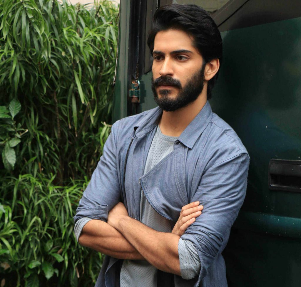 Harshvardhan Kapoor Age, Cousins, Girlfriend, Height, Image(photos), Biography, Date Of Birth, Net Worth, Education, Instagram, Wiki, Facebook, Imdb, Twitter (5)