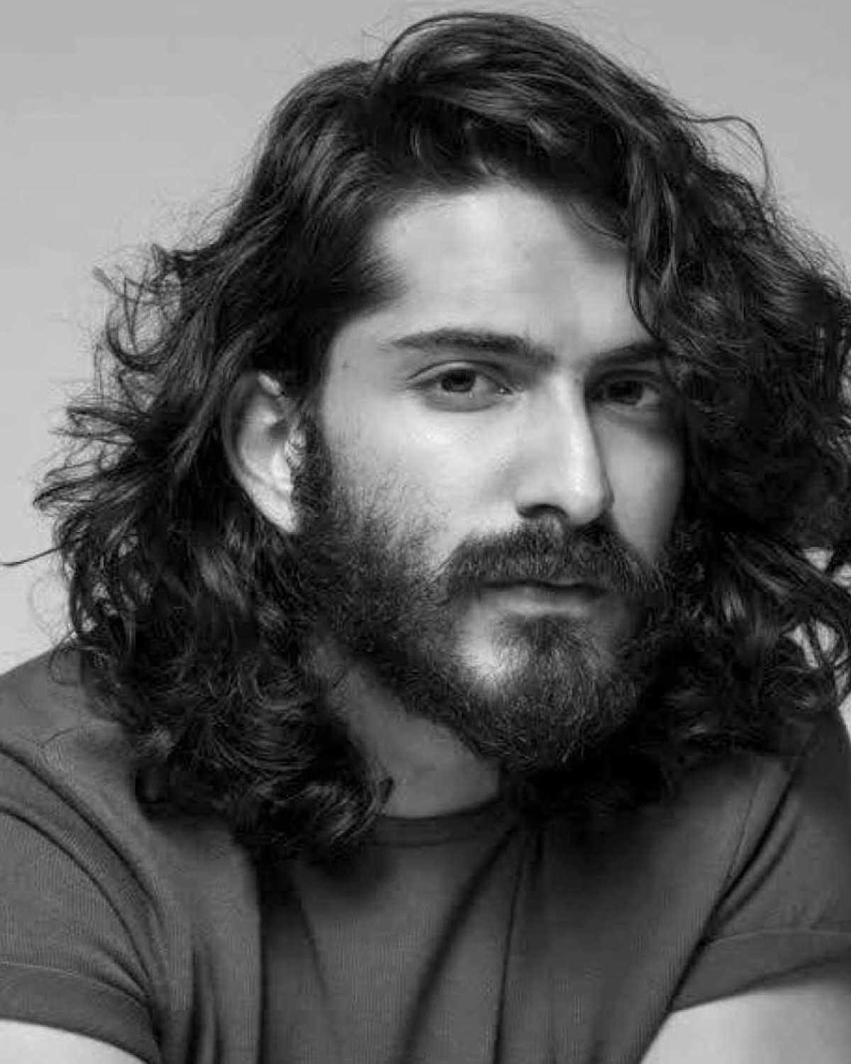 Harshvardhan Kapoor Age, Cousins, Girlfriend, Height, Image(photos), Biography, Date Of Birth, Net Worth, Education, Instagram, Wiki, Facebook, Imdb, Twitter (6)