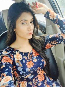 Hiba Nawab Image(photos), Biography, Age, Birthday, Husband, About, Family, Education, Net Worth, Father, Hairstyle, Awards, Instagram, Facebook, Twitter, Wiki, Youtube, Imdb (31)