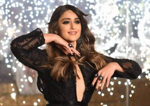 Ileana D'cruz Husband, Age, Images(photos), Marriage, Height, Biography, Sister, Date Of Birth, Net Worth, Family, Child, Details, Education, Yoga, Instagram, Wiki, Twitter, Awards, Facebook, ( (16)