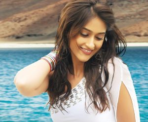 Ileana D'cruz Husband, Age, Images(photos), Marriage, Height, Biography, Sister, Date Of Birth, Net Worth, Family, Child, Details, Education, Yoga, Instagram, Wiki, Twitter, Awards, Facebook, ( (20)