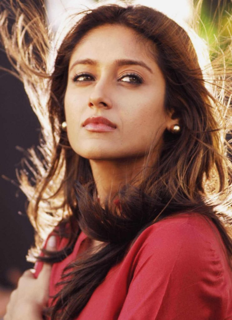 Ileana D'cruz Husband, Age, Images(photos), Marriage, Height, Biography, Sister, Date Of Birth, Net Worth, Family, Child, Details, Education, Yoga, Instagram, Wiki, Twitter, Awards, Facebook, ( (23)