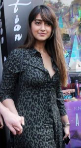 Ileana D'cruz Husband, Age, Images(photos), Marriage, Height, Biography, Sister, Date Of Birth, Net Worth, Family, Child, Details, Education, Yoga, Instagram, Wiki, Twitter, Awards, Facebook, ( (26)