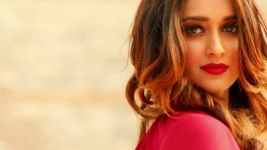 Ileana D'cruz Husband, Age, Images(photos), Marriage, Height, Biography, Sister, Date Of Birth, Net Worth, Family, Child, Details, Education, Yoga, Instagram, Wiki, Twitter, Awards, Facebook, ( (30)