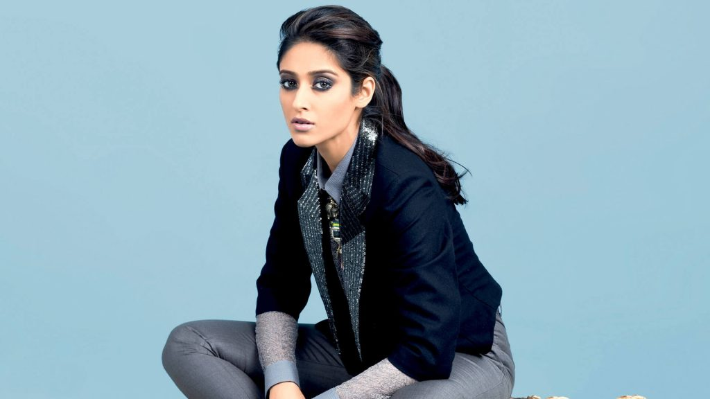 Ileana D'cruz Husband, Age, Images(photos), Marriage, Height, Biography, Sister, Date Of Birth, Net Worth, Family, Child, Details, Education, Yoga, Instagram, Wiki, Twitter, Awards, Facebook, ( (34)